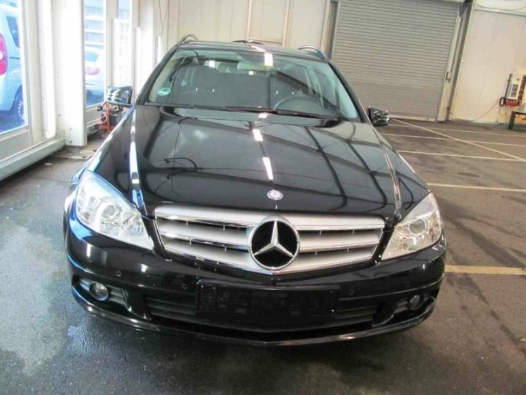 Masini mercedes benz c class second hand germania for 2nd hand mercedes benz